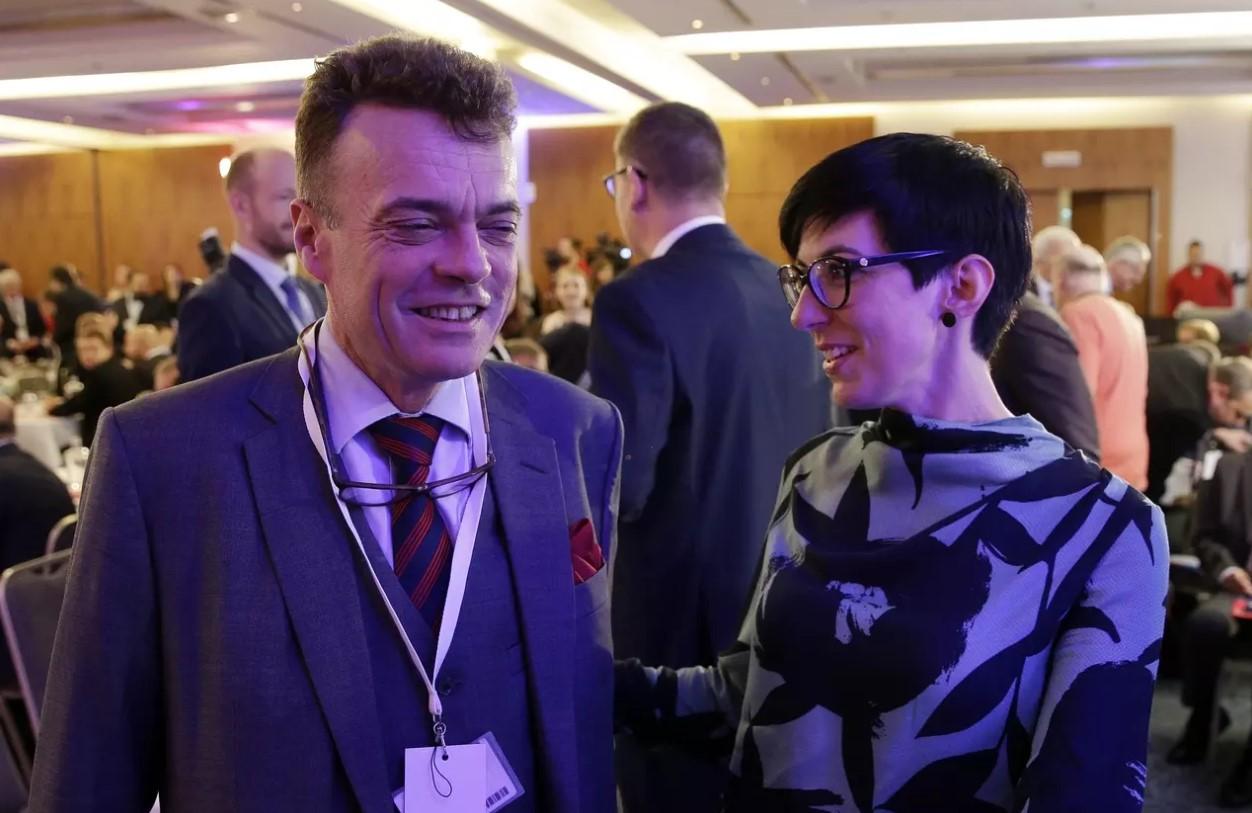 Czernin Pekarová předseda TOP 09